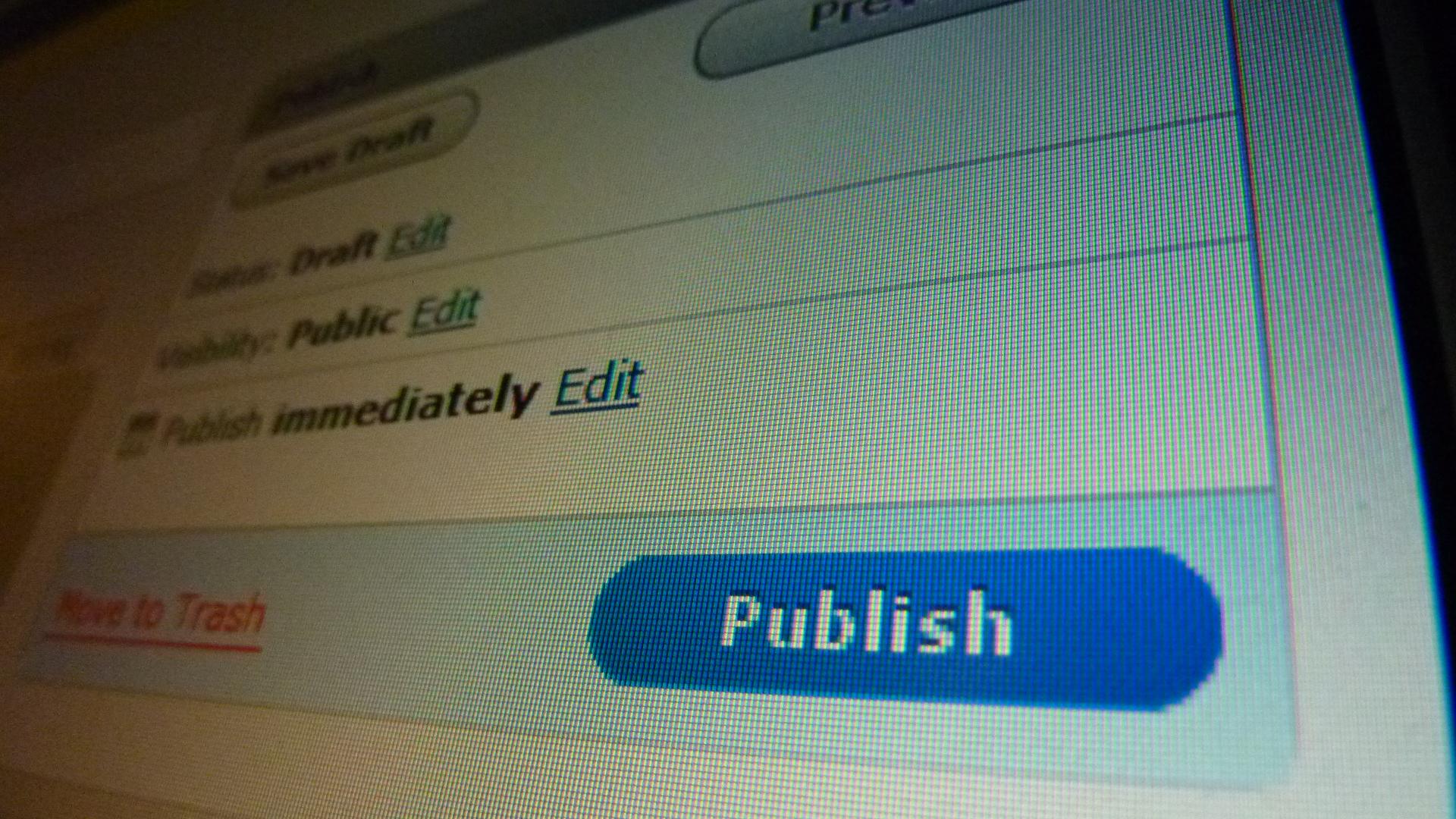 LinkedIn Expands Blog-Publishing Potential